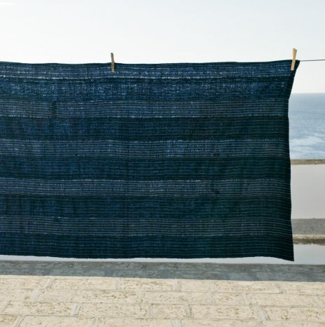 D71 Nigerian Antique indigo shawl