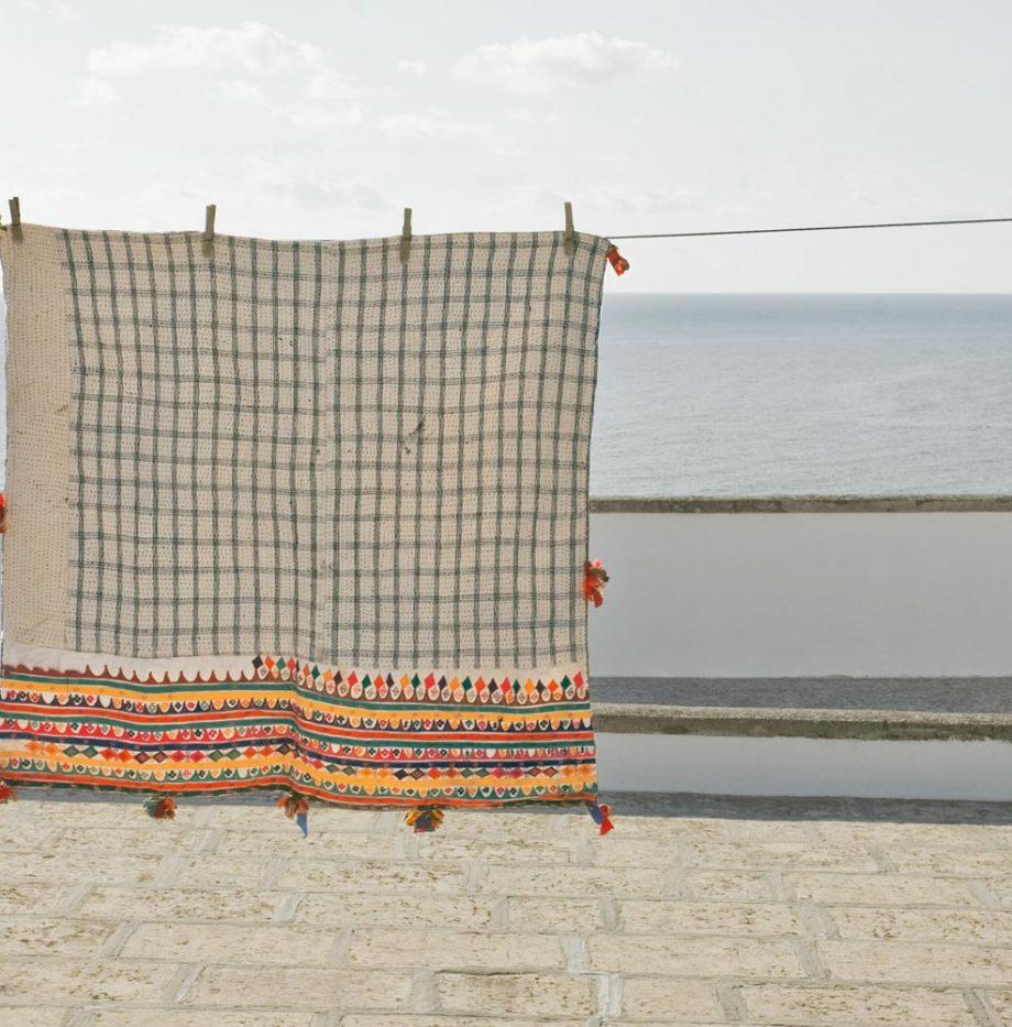 indian-gujarat-antique-pillowcase-350-eruo